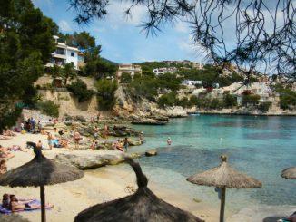Strandabschnitt in Cala Fornells