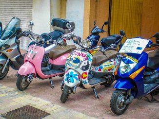 Roller & Motorrad Vermietung