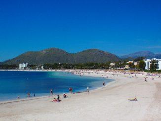 Blauer Himmel an 300 Tagen im Jahr. Wetter auf Mallorca